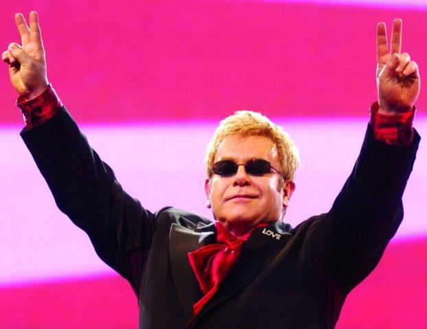 z11752689X,Elton-John--fot--mat--prasowe